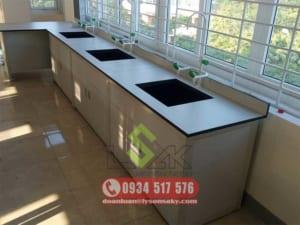 Bàn thí nghiệm có bồn rửa - Laboratory Sink bench