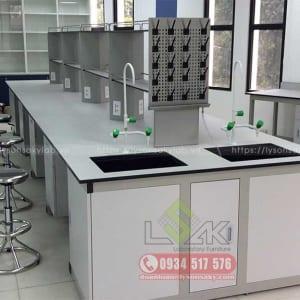 Bàn thí nghiệm trung tâm laboratory central bench with sink laboratory furniture